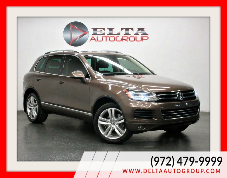 2012 Volkswagen Touareg EXECUTIVE * TDI * NAVIGATION * PANO * 1 OWNER