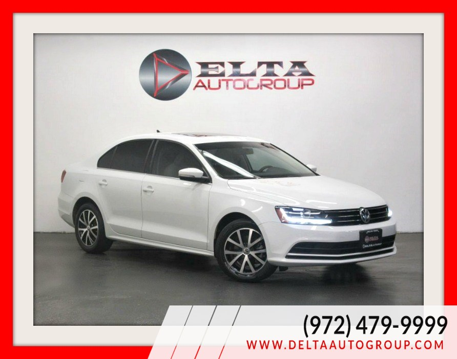 2017 Volkswagen Jetta SE * NAVI * CAMERA * ROOF * LEATHER* 1 OWNER