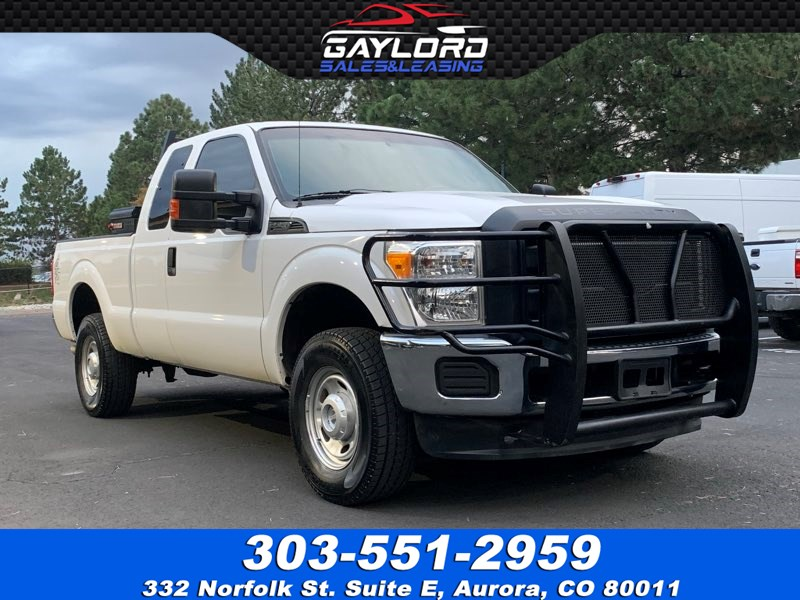 2014 Ford Super Duty F-250 SRW Extended Cab Short Bed 4X4 6.2L V8
