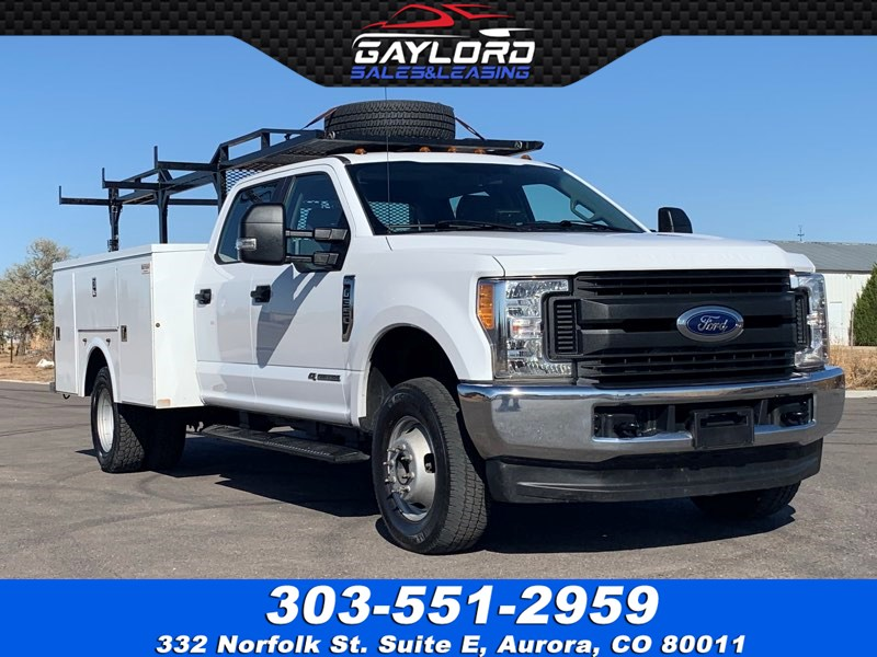 2017 Ford Super Duty F-350 Dually Crew Cab Utility Body 4X4 6.7L  Power Stroke Diesel