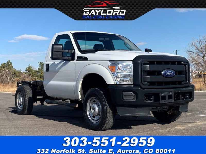 2015 Ford Super Duty F-350 SRW XL Regular Cab and Chassis 4X4 6.2L V8