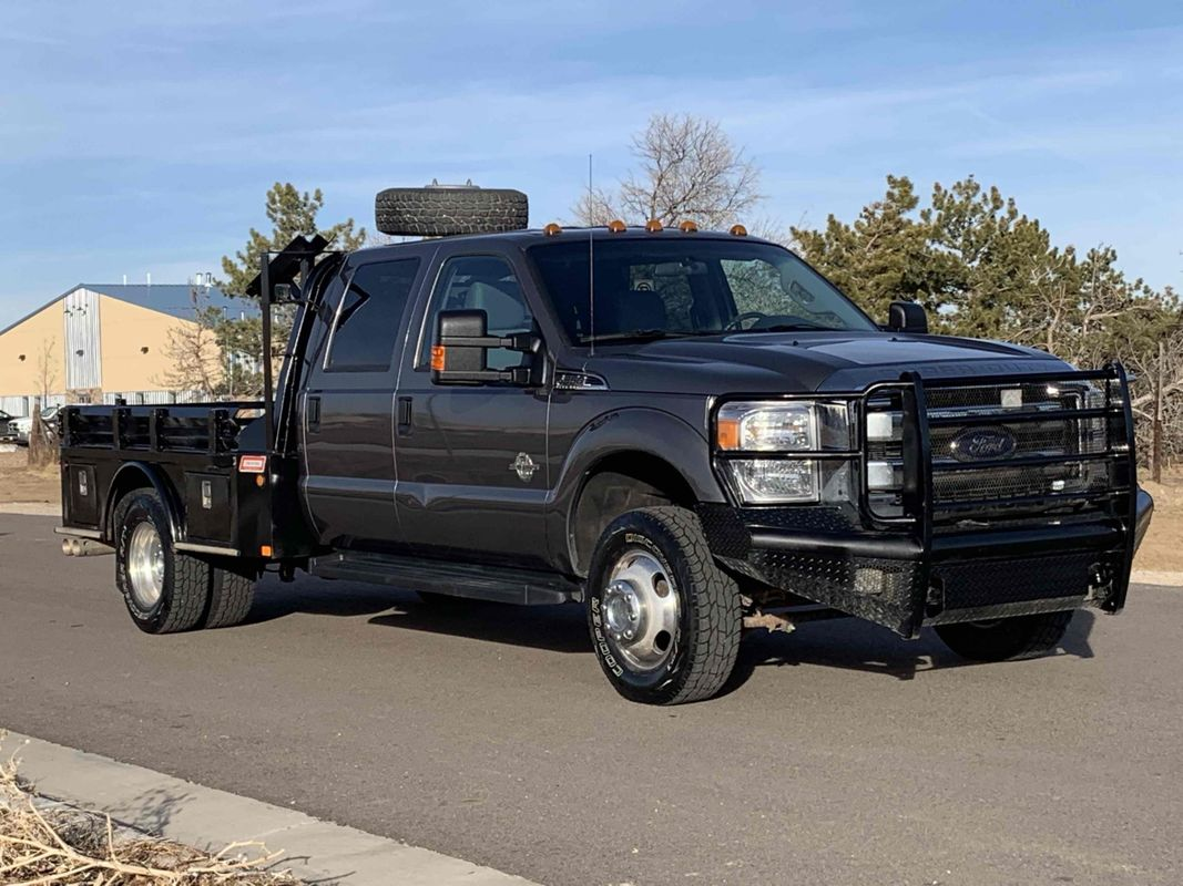 "2014 Ford Super Duty F-350 XLT Crew Cab Flat Bed Dually 4X4 6.7L Powerstroke Diesel 60"" CA"