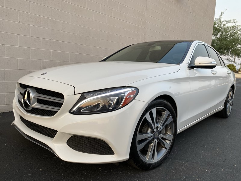 2015 Mercedes-Benz C 300 Luxury Sedan