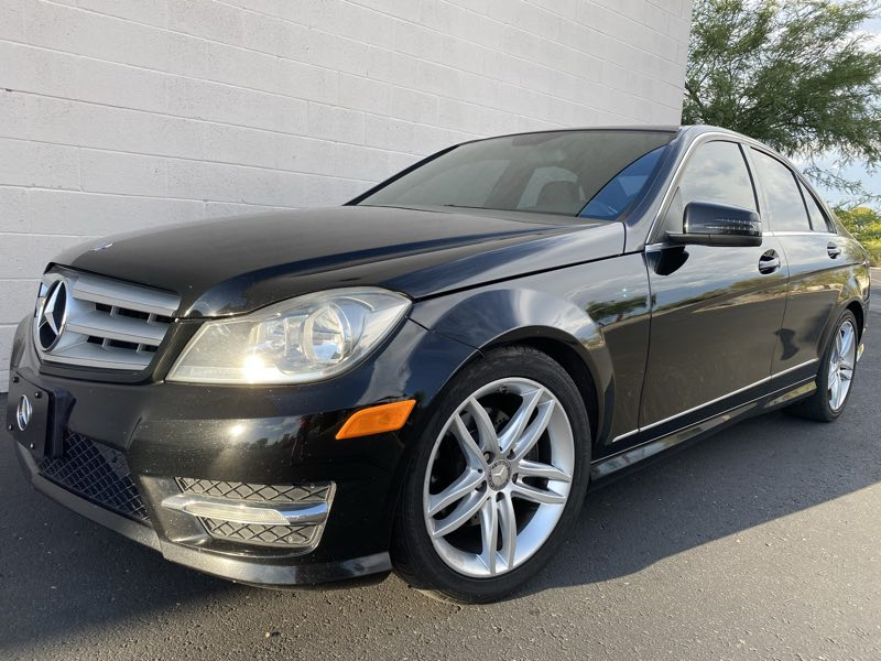 2012 Mercedes-Benz C 300 Luxury Sedan
