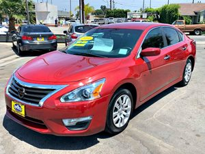 View 2014 Nissan Altima S