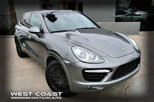 View 2012 Porsche Cayenne Sport *AWD* *Moon Roof* *Touch Screen Dis*