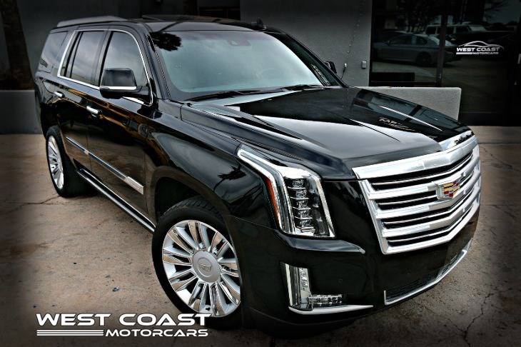 2016 Cadillac Escalade PLATINUM EDITION*HIGHLY OPTIONED*1-OWNER HEAD UP DISPLAY *CAPTAIN CHAIRS *PREMIUM LUXURY