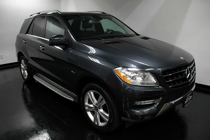 2012 Mercedes-Benz ML 350 4MATIC *PANORAMA SUNROOF *TRAILER HITCH DYNAMIC HANDLING PKG *P1 & P2 PKG *MSRP(68,840)
