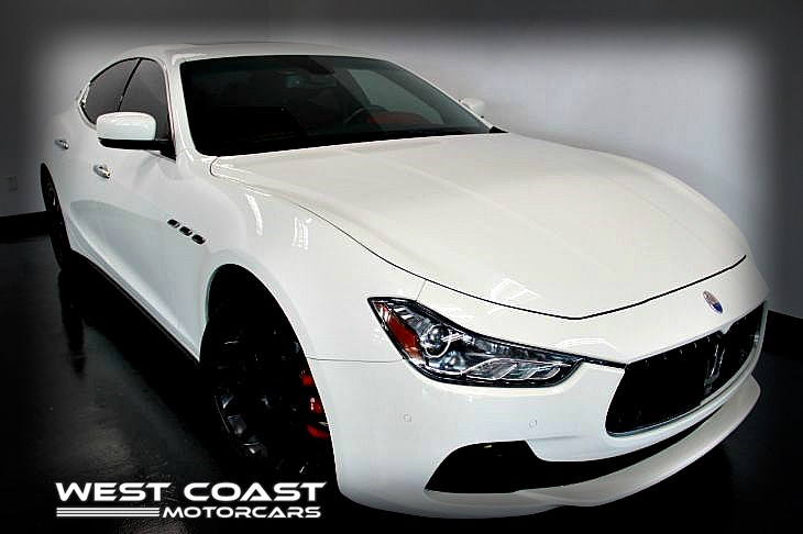 2014 Maserati Ghibli S Q4 Twin-Turbo 404+HP*LUXURY-SPORT PACKAGE CARBON FIBER TRIM *WHITE ON RED *MSRP($91,830)