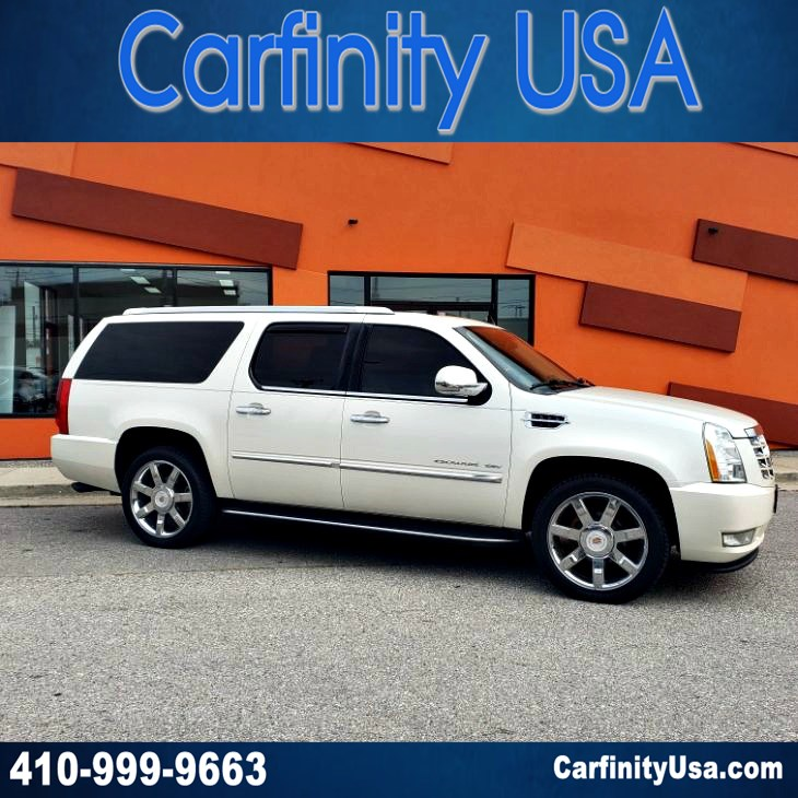 2011 Cadillac Escalade ESV Luxury AWD w/NAV and DVD and Blind Spot