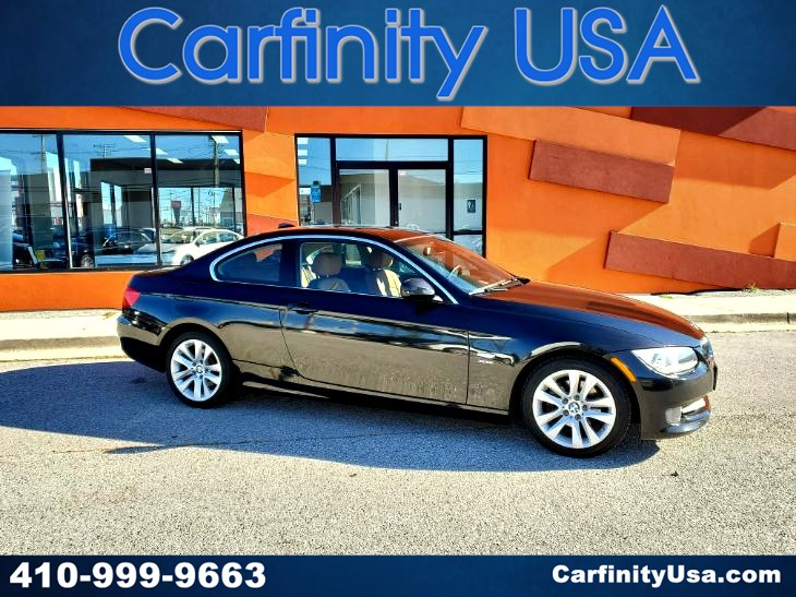 2013 BMW 3 Series 328i xDrive w/NAV and Bluetooth and Heated Seats