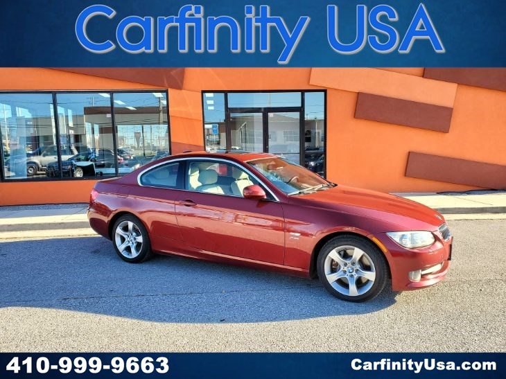 2012 BMW 3 Series 335i xDrive w/NAV and Parking Aid and Bluetooth