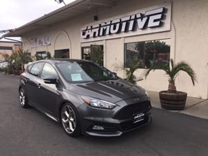 View 2016 Ford Focus