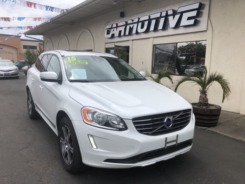 2015 Volvo XC60 T6 Sport Utility 4D