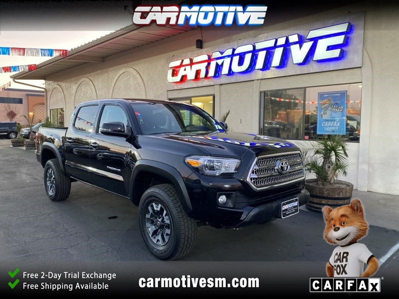 2017 Toyota Tacoma TRD Off-Road Pickup 4D 5 ft
