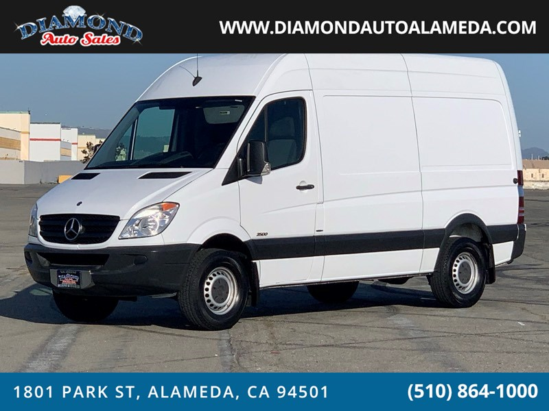 2013 Mercedes-Benz Sprinter Cargo Vans 2500 144""