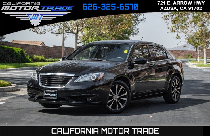 2012 Chrysler 200 Touring (S APPEARANCE PKG & KEYLESS ENTRY)