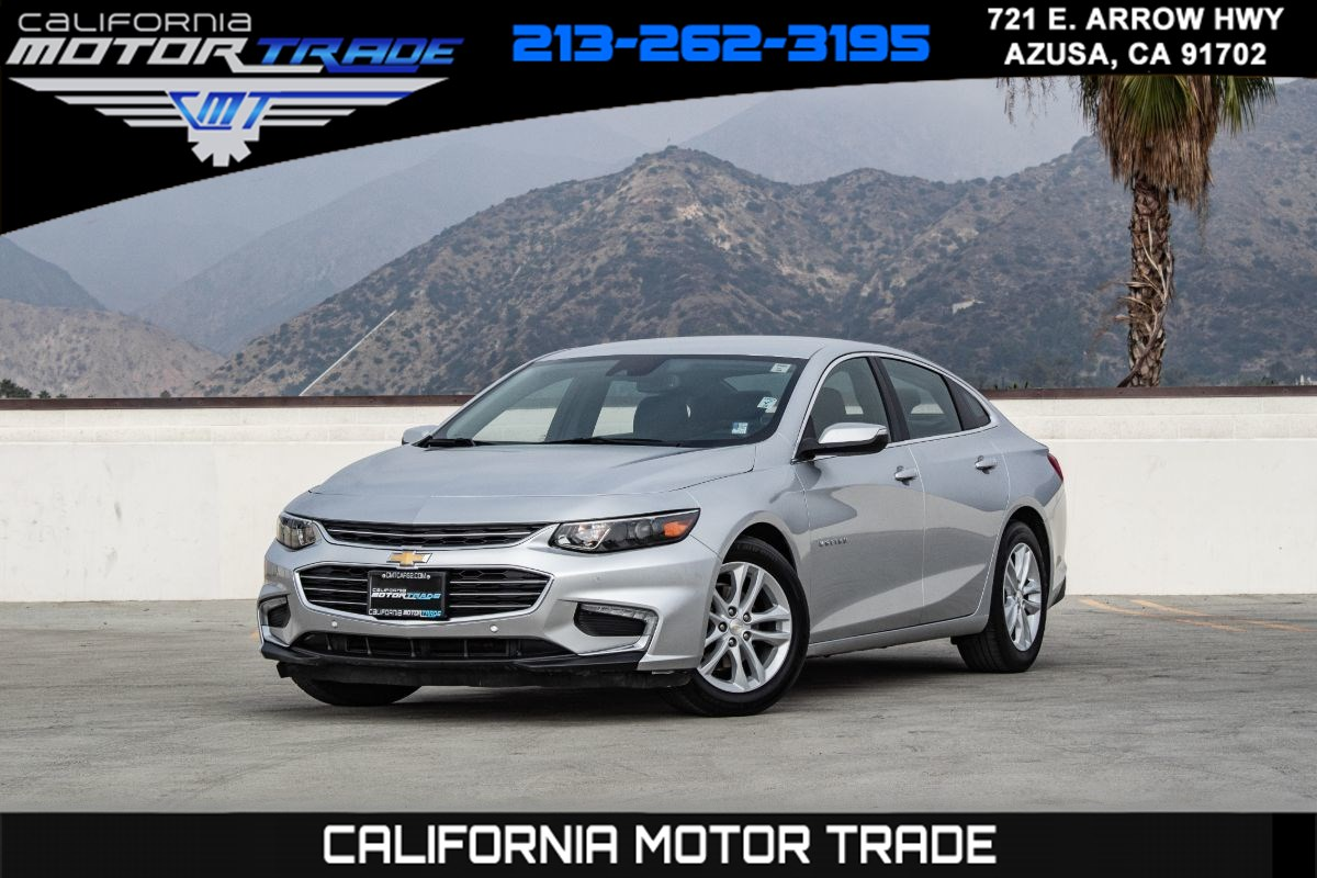 2017 Chevrolet Malibu Hybrid (LEATHER PACKAGE & NAIGATION)