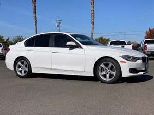 View 2012 BMW 3 Series