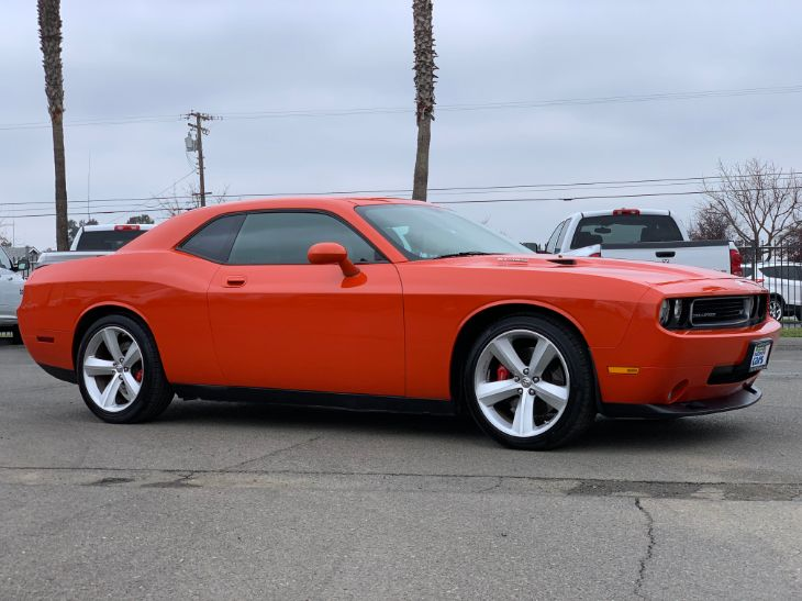dodge challenger srt8 2007