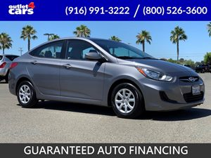 View 2014 Hyundai Accent