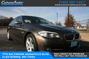 View 2011 BMW 5 Series