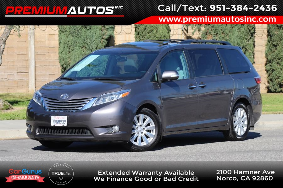 2017 Toyota Sienna XLE Auto Access Seat - Entertainment Pkg