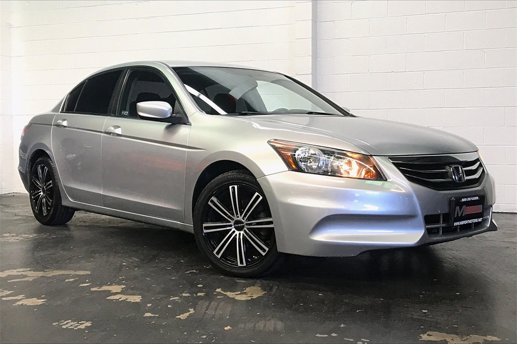 2011 Honda Accord Sdn LX-P 2.4