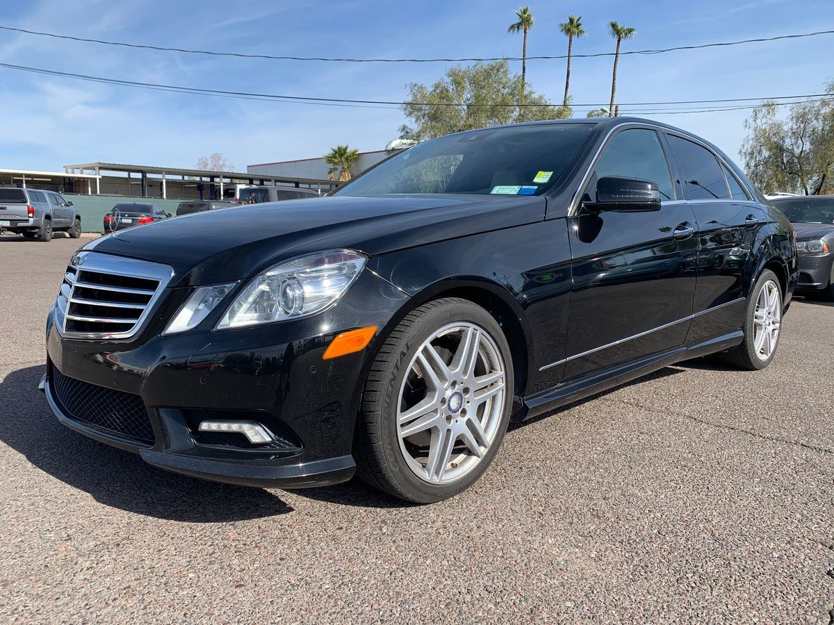 2011 Mercedes-Benz E 350 4MATIC Luxury Sedan