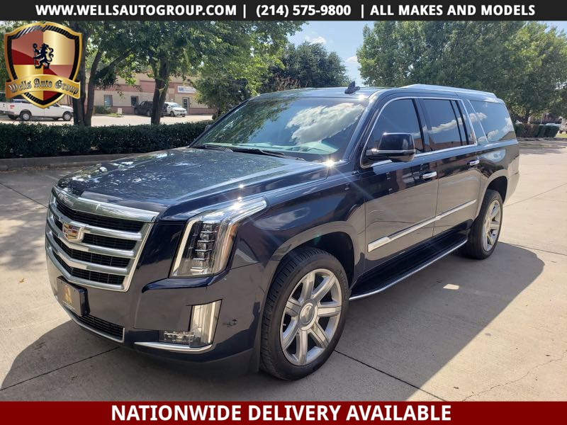 2017 Cadillac Escalade ESV Luxury | 4X4| DVDS |SNRF | NAVI | LOADED
