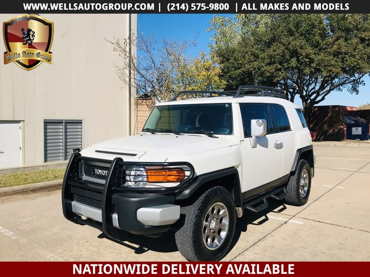 2013 Toyota FJ Cruiser 4X4 | COMPASS | ROOF RACK | LOADED