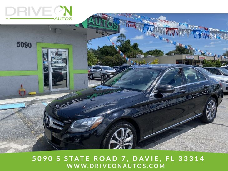 2017 Mercedes-Benz C 300 4MATIC Sedan with Luxury Pkg