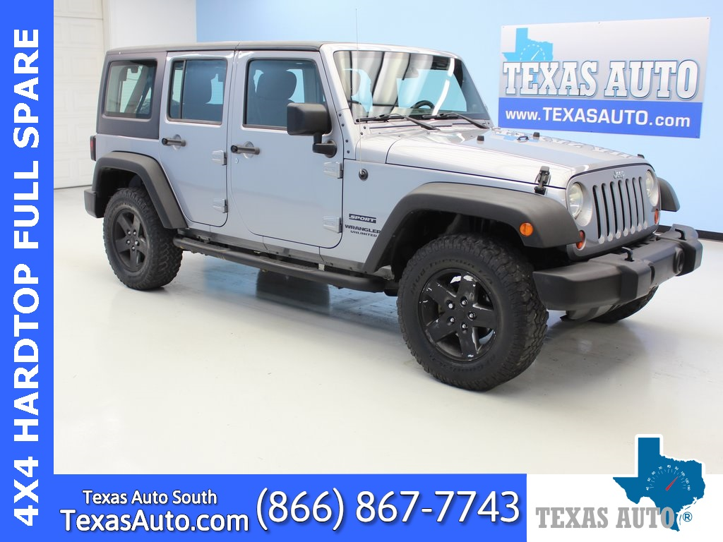 2013 Jeep Wrangler Unlimited Sport HARDTOP-BOARDS-TOW-SOUND BAR
