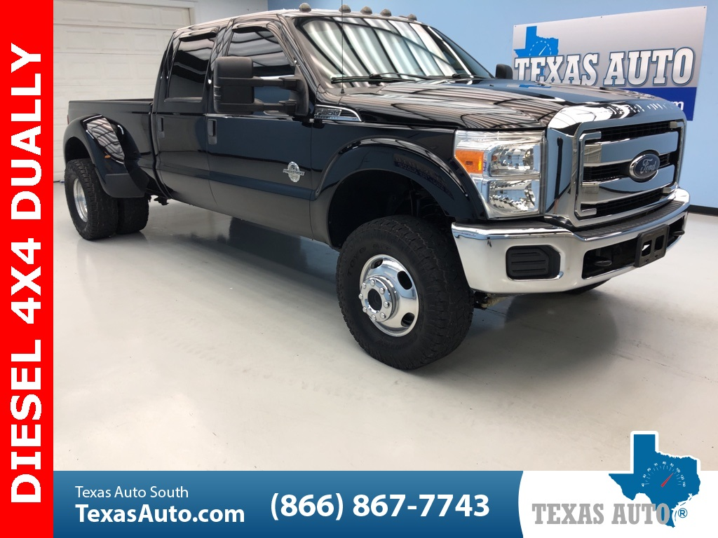 2016 Ford F-350SD XLT DRW-LIFTED-BUCKETS-TOW-4X4