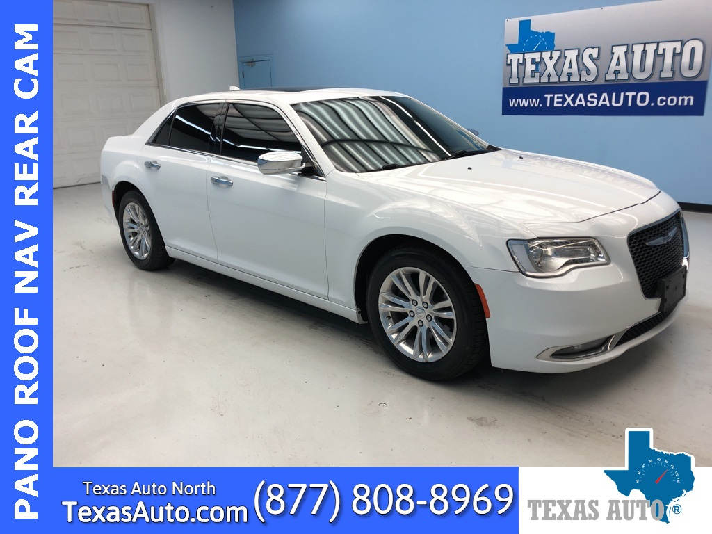 2016 Chrysler 300C Base PANO-NAVI-REAR CAM