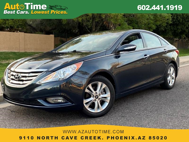 "2011 Hyundai Sonata Ltd w/17"" Wheels"