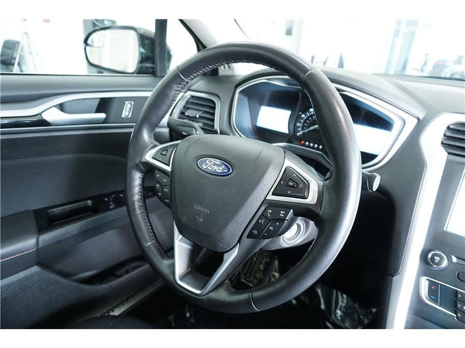 2016 Ford Fusion SE Sedan 4D - Integrity Auto Sales