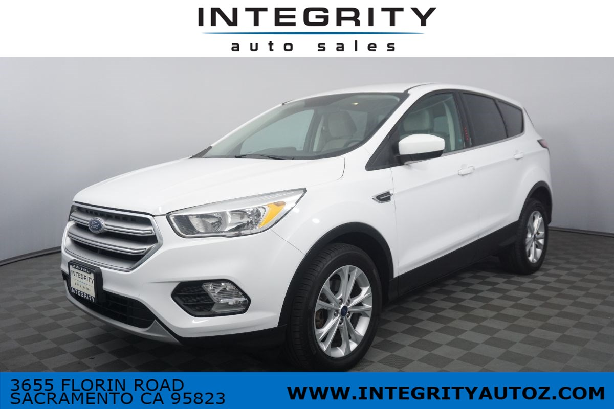 2017 Ford Escape SE Sport Utility 4D