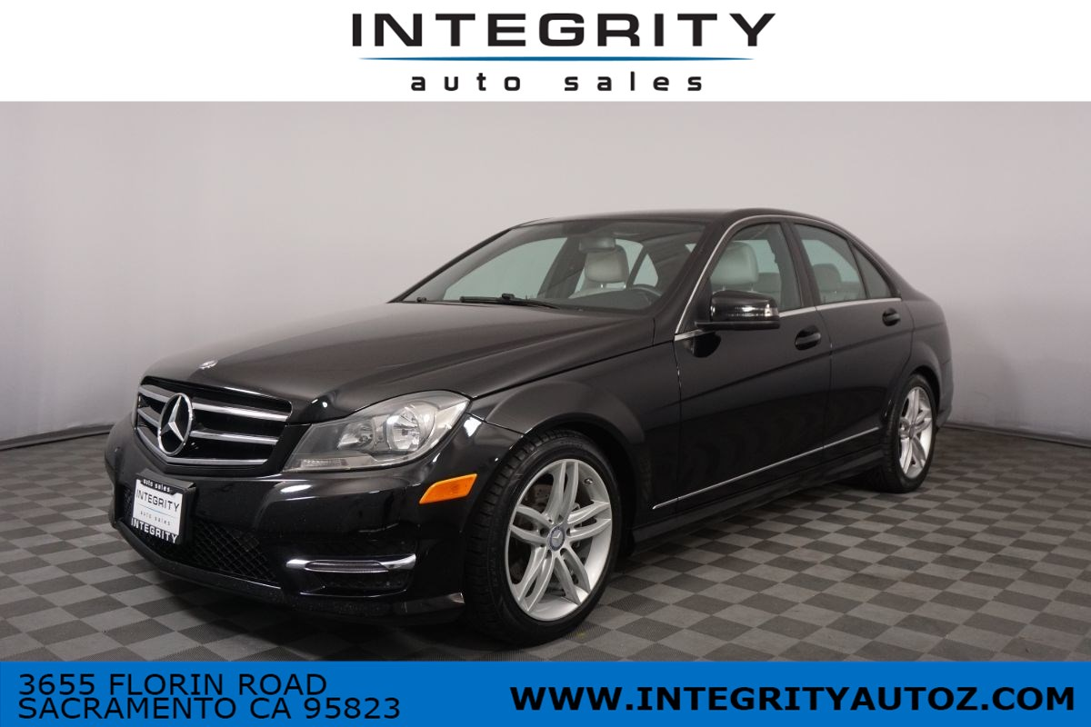 2014 Mercedes-Benz C 250 C 250 Luxury Sedan 4D
