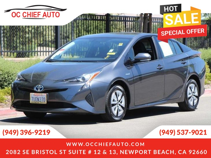 2016 Toyota Prius FOUR-Sunroof-Navigation-Head Up Display