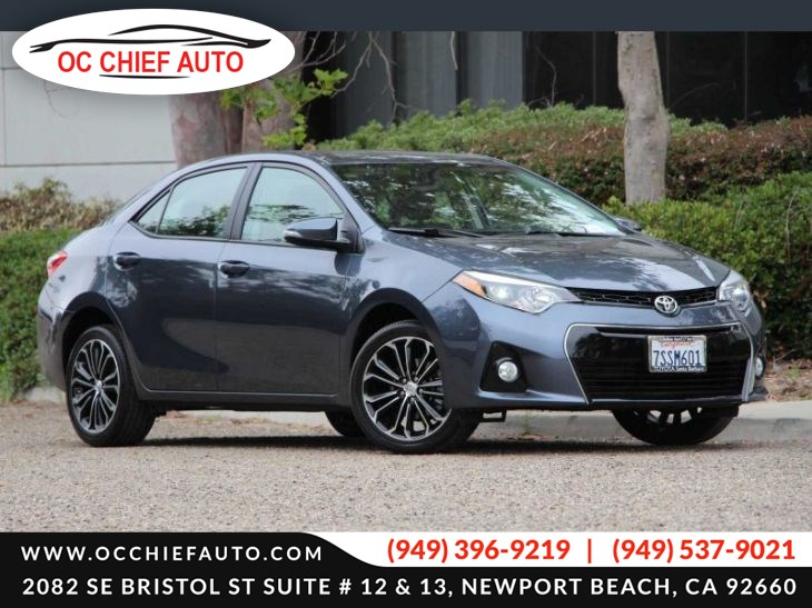 2016 Toyota Corolla S Premium-Sunroof-Navigation-leather seat