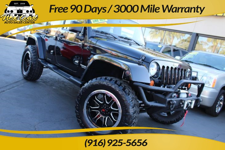 2015 Jeep Wrangler Unlimited Sahara 4WD Lifted