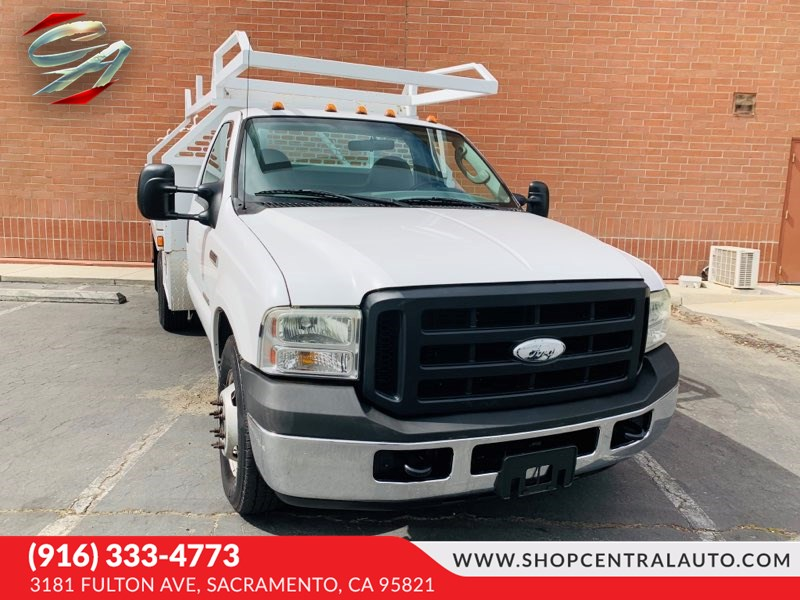 2006 Ford Super Duty F-350 DRW SD