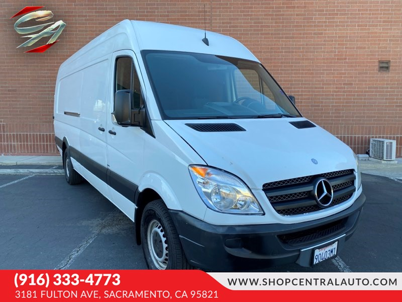 2013 Mercedes-Benz Sprinter Cargo Vans 2500