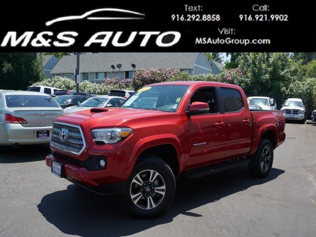 2017 Toyota Tacoma TRD Sport 4x4 Double Cab with Premium and Tech Pkgs