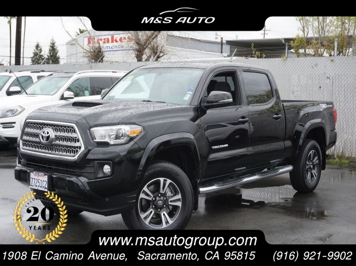 2017 Toyota TACOMA TRD Sport 4X2 Double Cab Long Bed