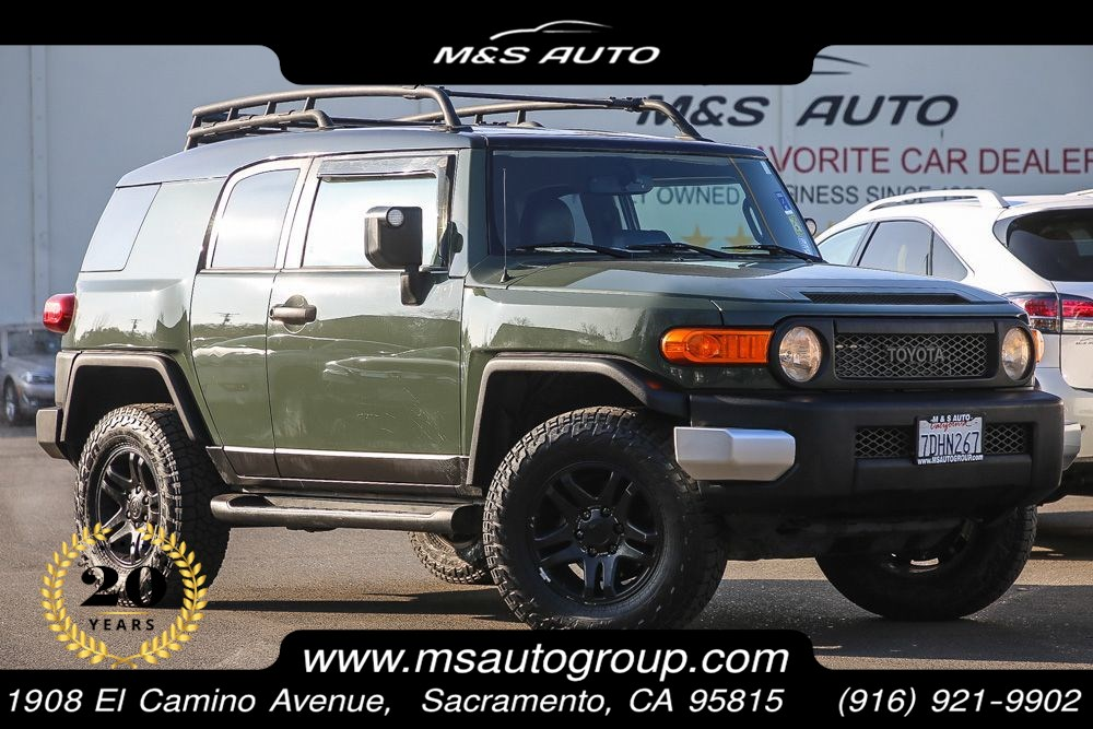 2014 Toyota FJ Cruiser 4x4 With Upgrade & Convenience Pkgs.