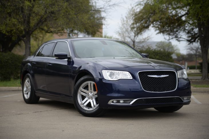2016 Chrysler 300 Anniversary Edition