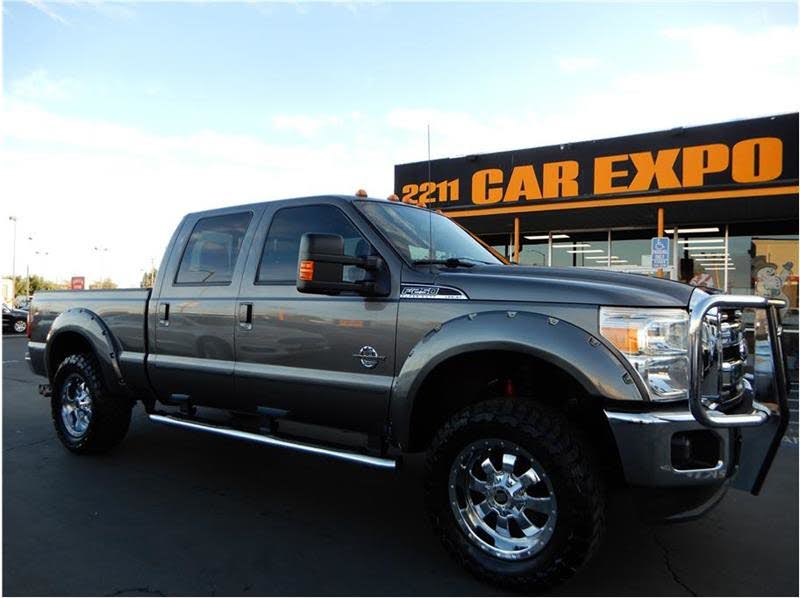 2013 Ford Super Duty F-250 SRW Lariat SB 4x4