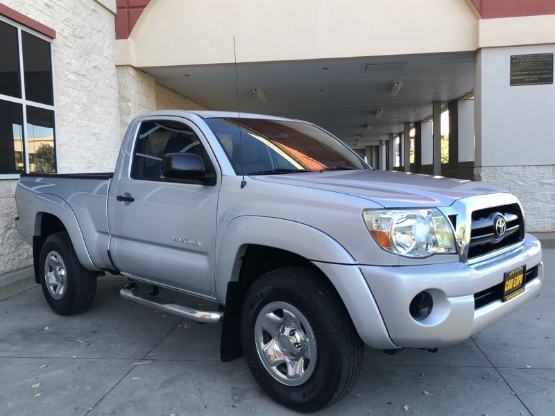 2008 Toyota Tacoma PreRunner 5 Speed Manual!
